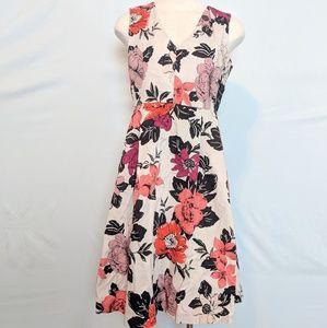 Ann Taylor petite Midi floral dress v fit & flare